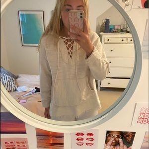 WHITE DRUG RUG JACKET/NO STAINS NOT WORN IN